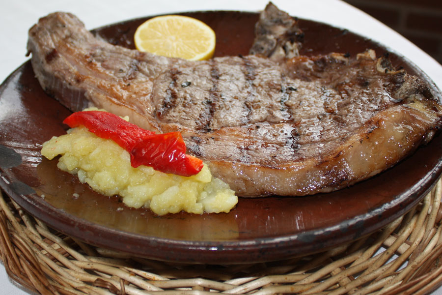 Carnes a la brasa en Toledo